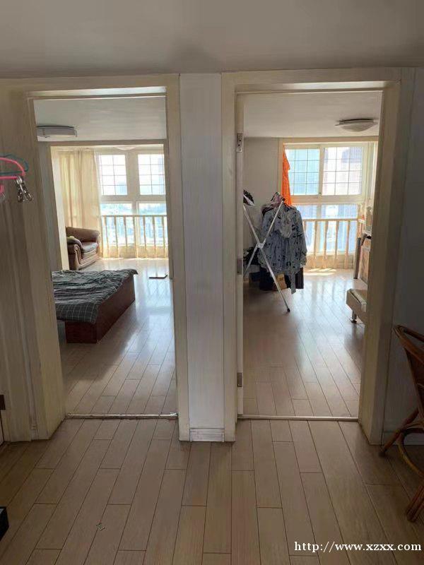 出租住宅房一套
